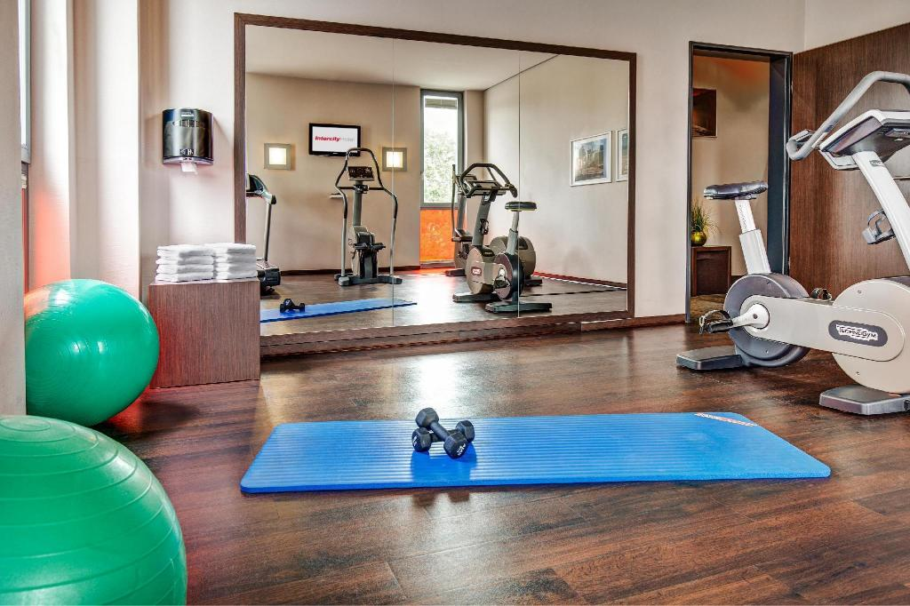 Fitness center InterCityHotel Berlin Brandenburg Airport