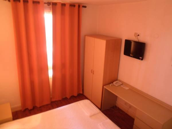 Tripla (Triple Room)