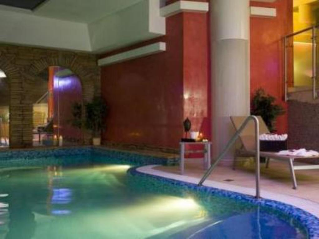Swimming pool Wellness Hotel Windsor