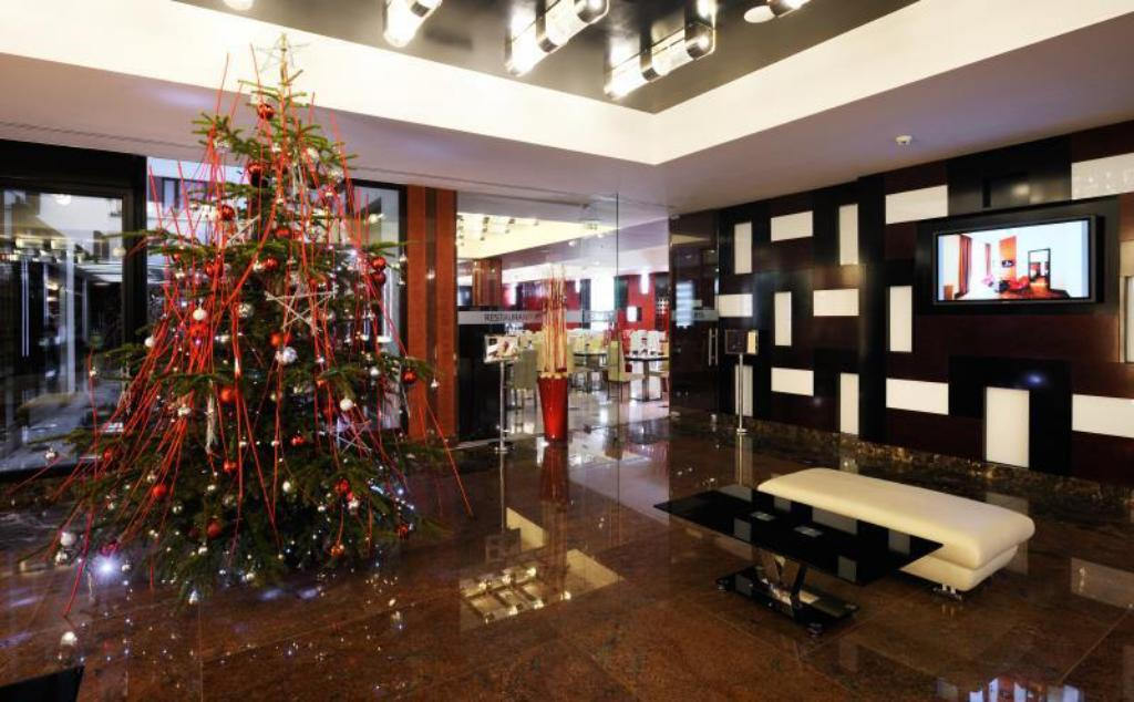 Grand Majestic Plaza Hotel in Prague - Room Deals, Photos