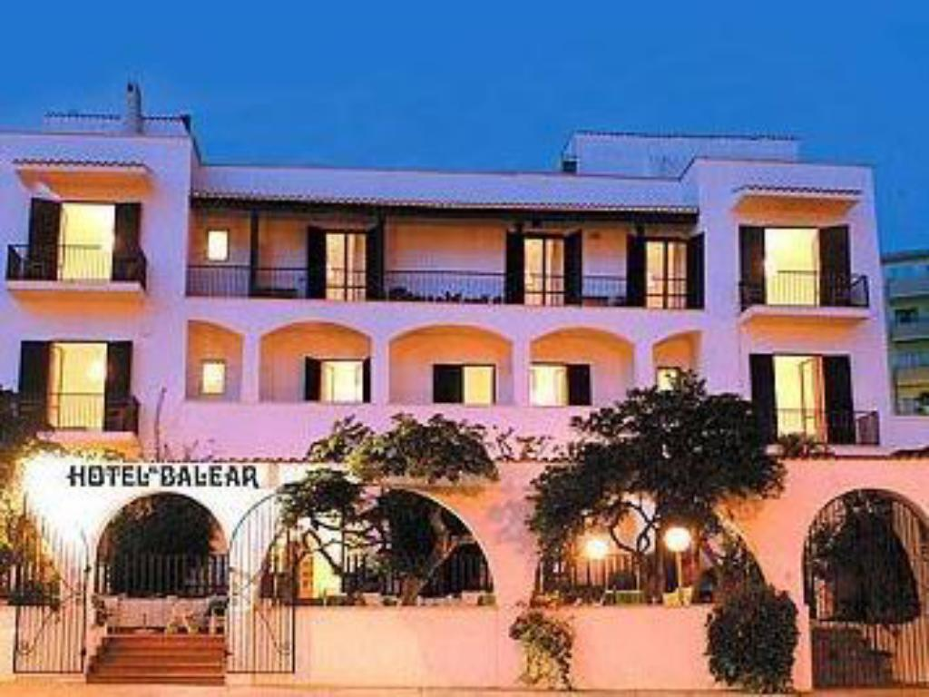 More about Hotel El Balear