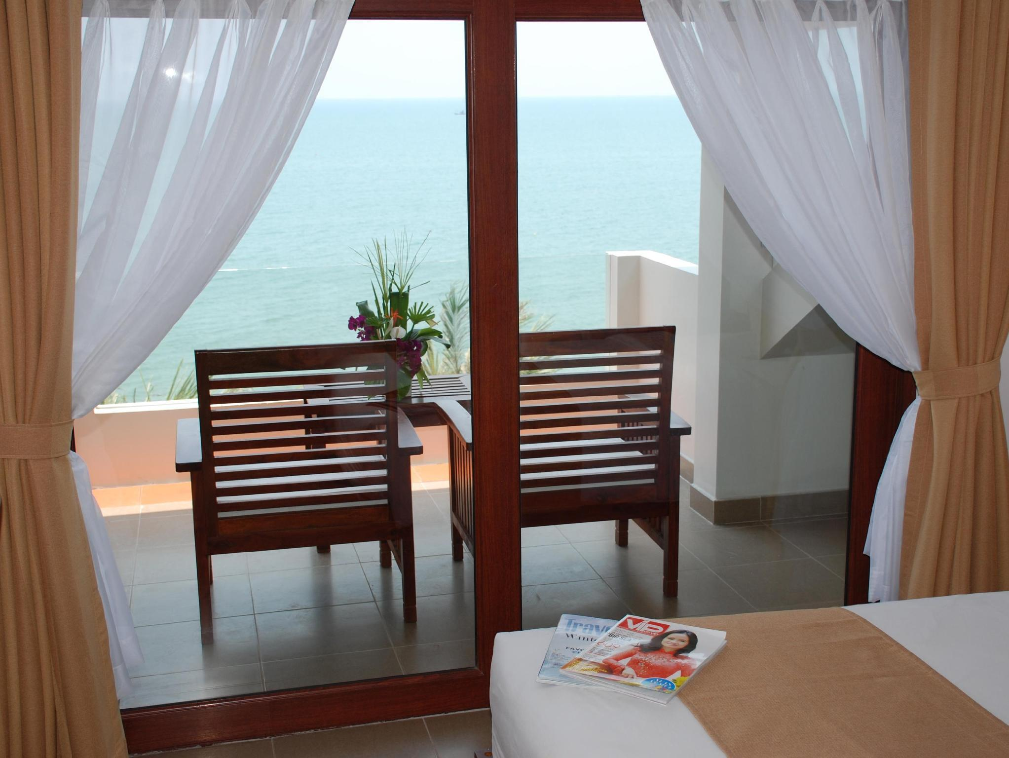 Deluxe hướng biển (Deluxe Sea View)