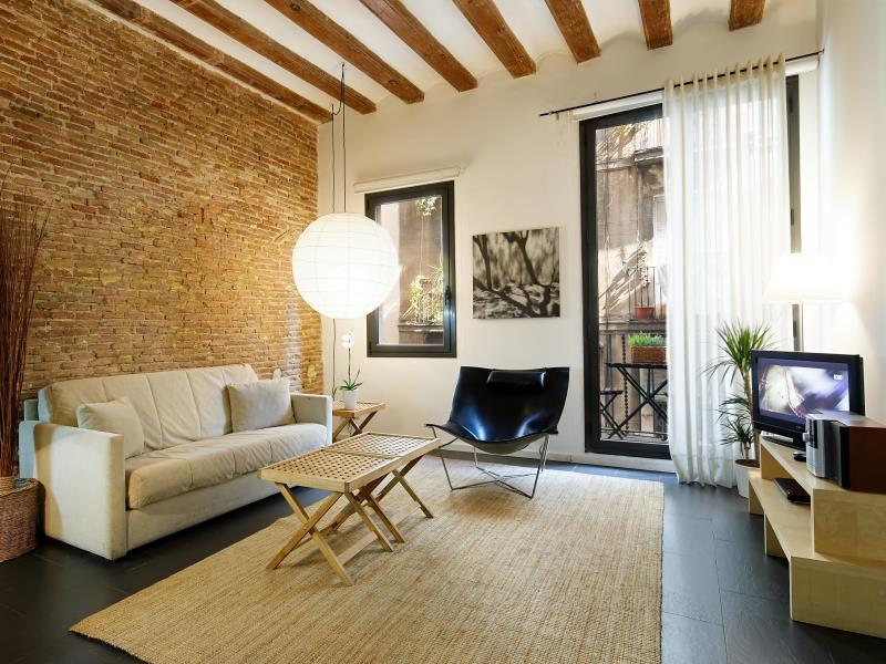 Best price on inside barcelona apartments esparteria in barcelona reviews for 1 bedroom apartment barcelona
