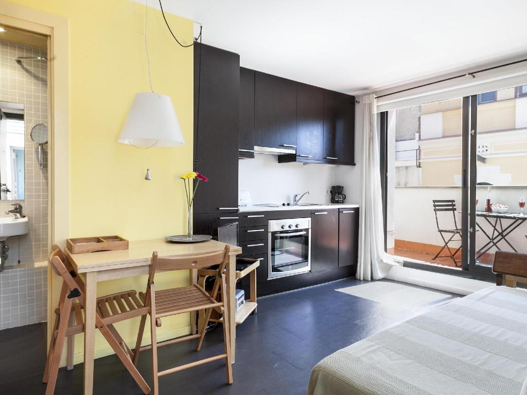 Inside Barcelona Apartments Esparteria Free Cancellation 2020 Deals Photos Reviews From