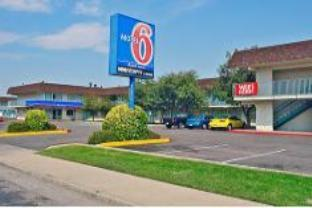 Motel 6 Denver Airport