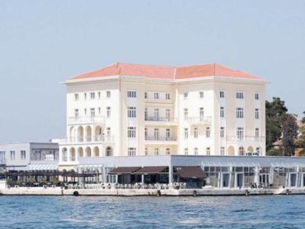 More about Grand Hotel Palazzo