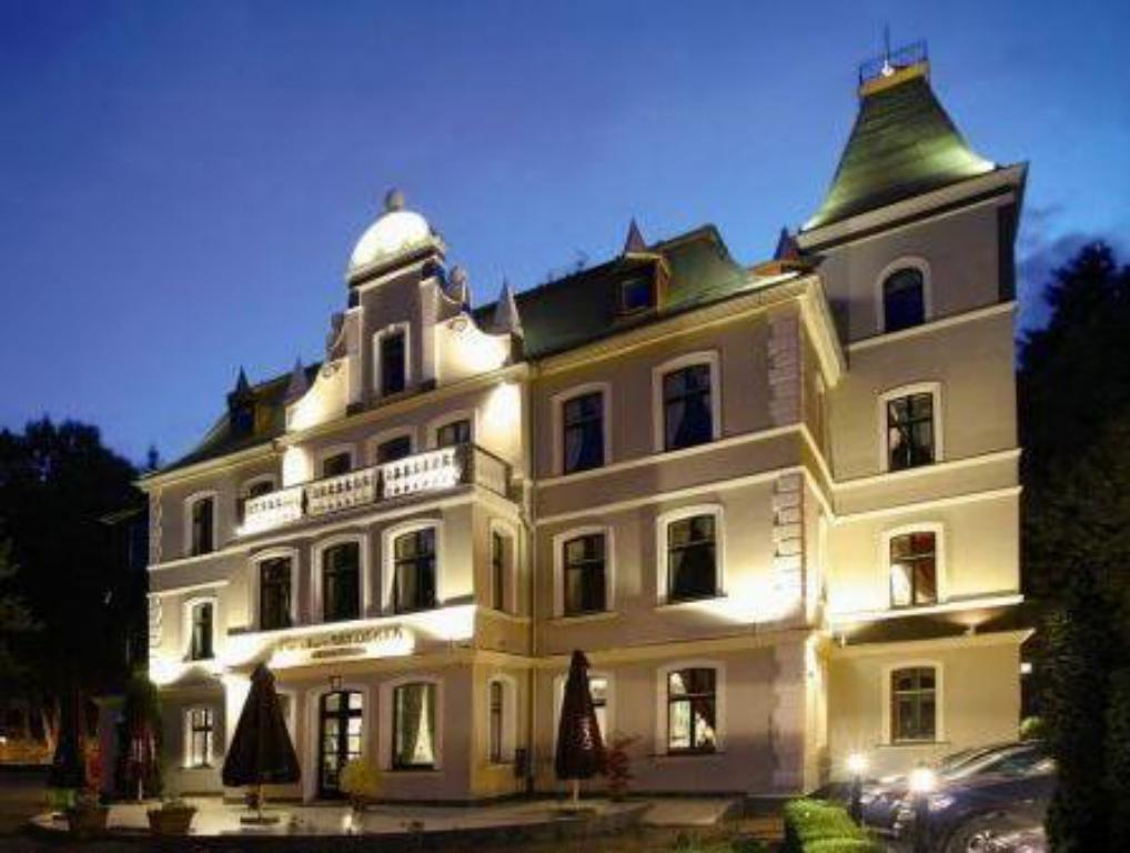 More about Hotel Fryderyk