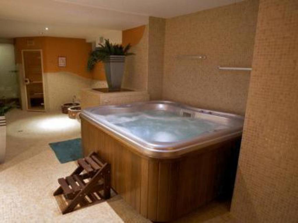 Hot tub Hotel Fryderyk