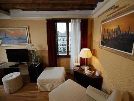 Camera Doppia con Letto Extra (3 Adulti) (Double Room with Extra Bed (3 Adults))
