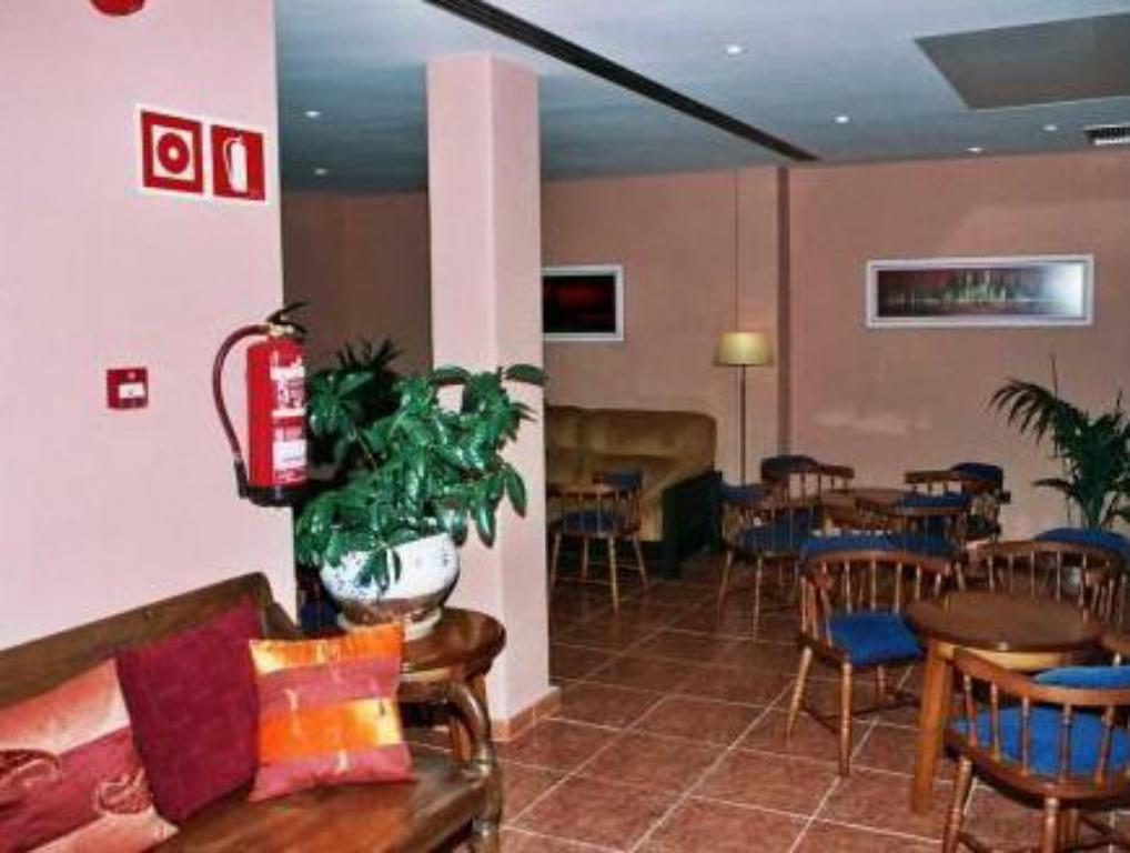 Hall Hotel Ses Figueres