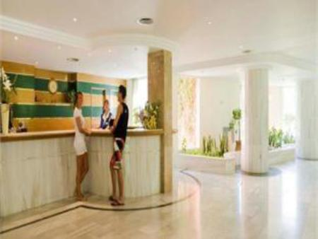 Lobi OLA Hotel Maioris - All Inclusive