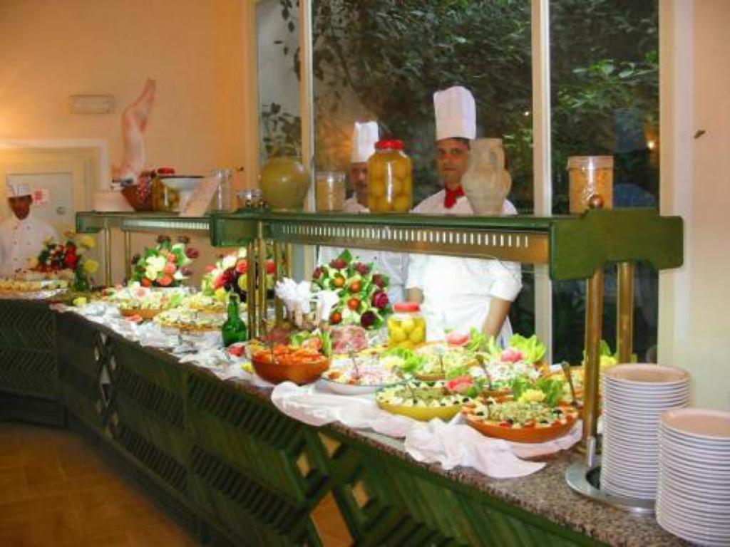 Buffet LTI Mahdia Beach