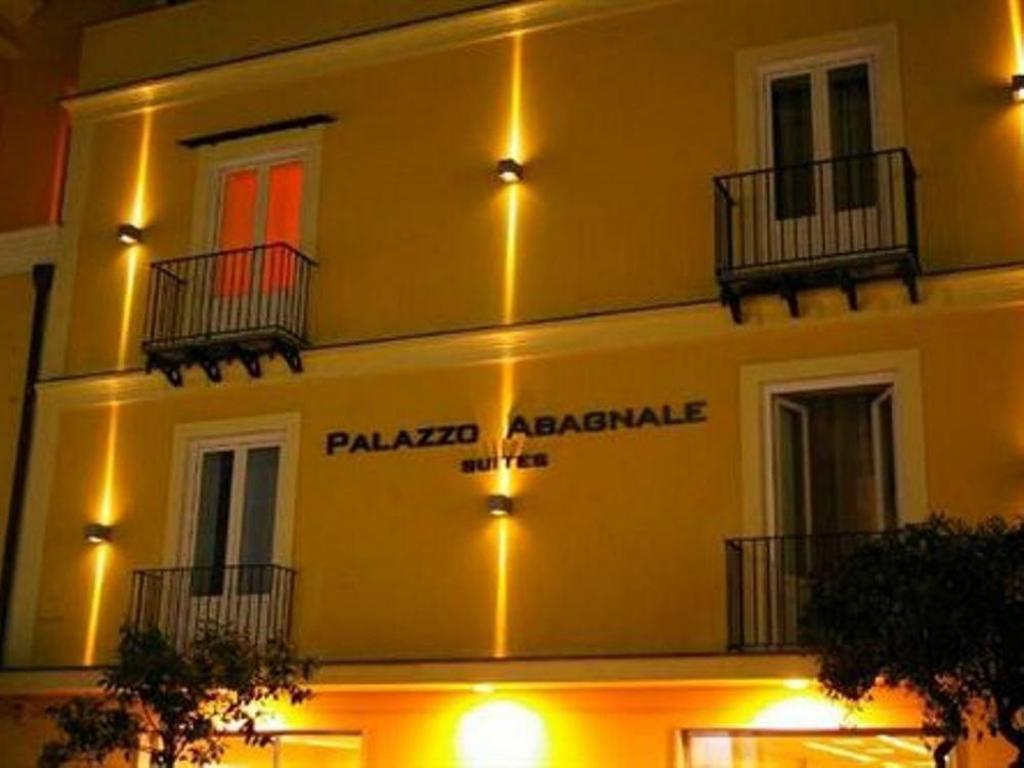 Palazzo Abagnale l