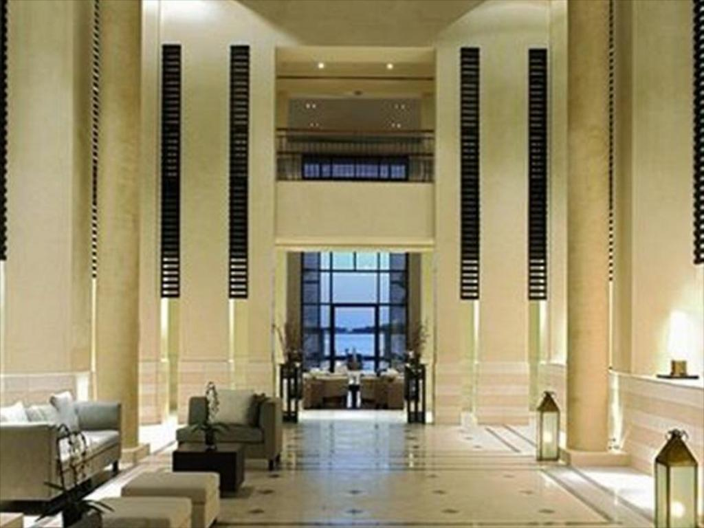 Lobby Park Hyatt Jeddah Marina Club and Spa