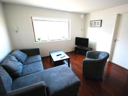 Leilighet med 2 soverom og hems (4 personer) (Two Bedroom Apartment with Loft (4 persons))