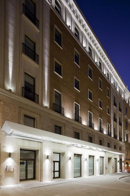 More about UNAHOTELS Decò Roma