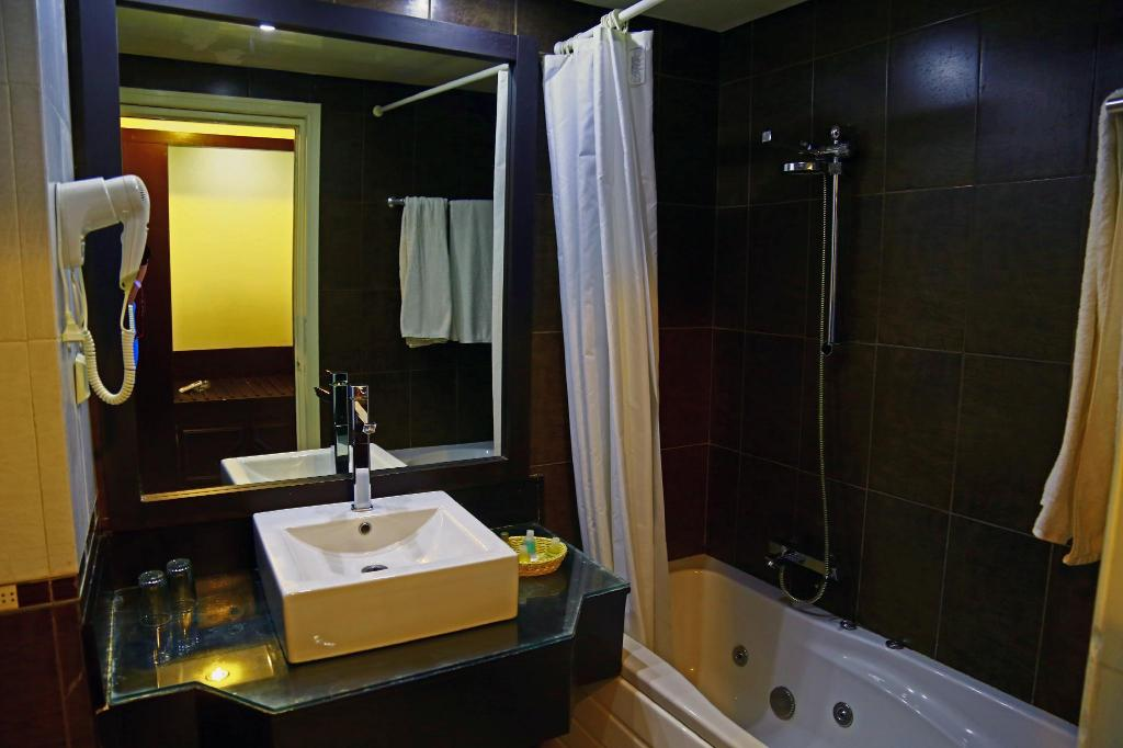 Single Room - Bathroom Hotel Dar El Olf