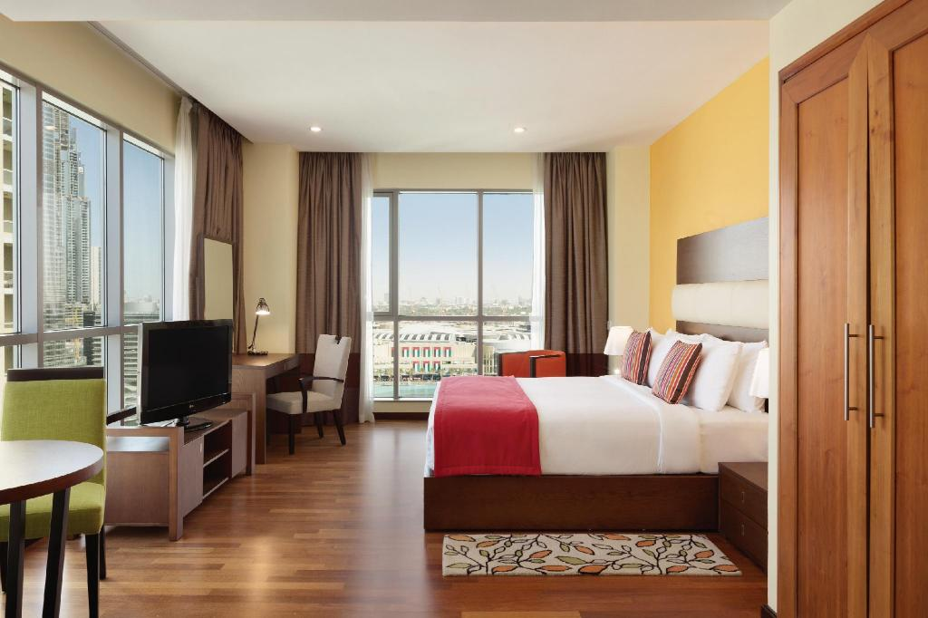 Junior Suite Burj/Fountain View - View Ramada Downtown Dubai