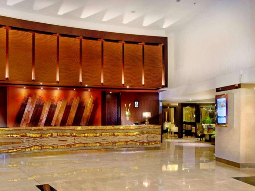 Lobby Grand Aston City Hall Hotel & Serviced Residences