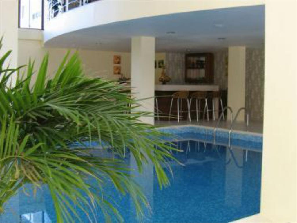 Swimming pool Regnum Bansko Apart Hotel & SPA