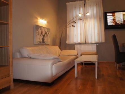 Appartamento con 3 Camere (Three-Bedroom Apartment)