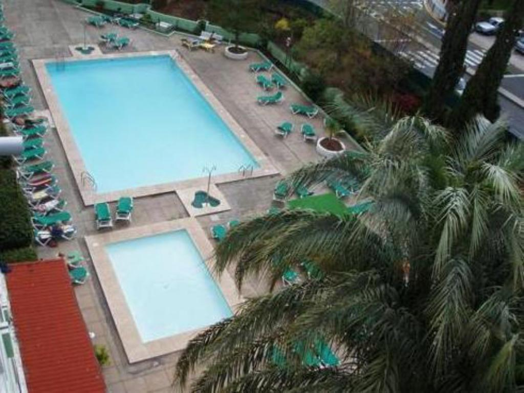 Swimming pool Apartamentos Los Aguacates