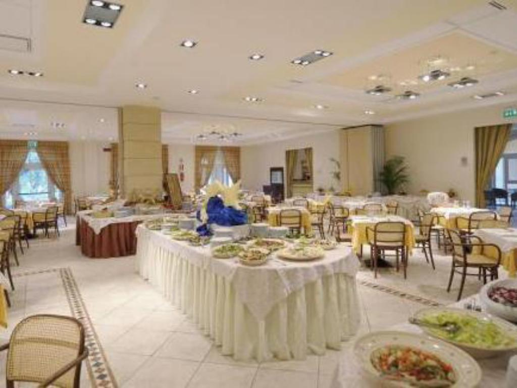 Buffet Dolmen Sport Resort