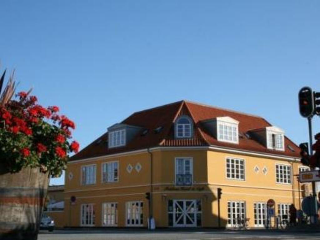 Foldens Hotel Skagen Danmark Hotelltilbud I Siste Oyeblikk Pa