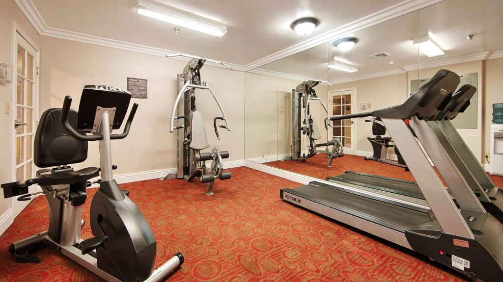 Fitness center Best Western Burbank Airport Inn