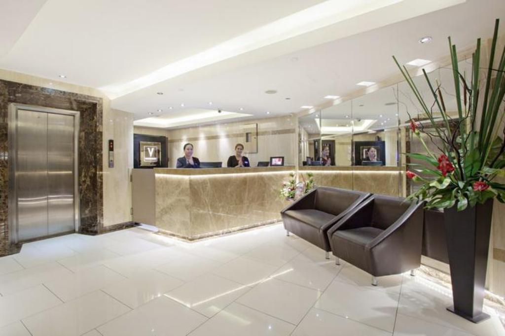 Лобби V Residence Hotel and Serviced Apartment