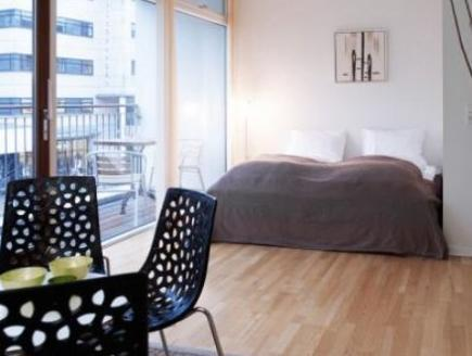 Studio Apartment with Balcony (1-2 Adults)