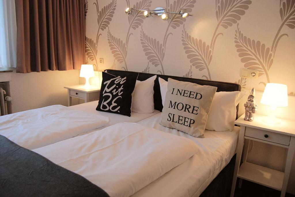 Standard Double Room Hotel Krone Aachen | City-Eurogress