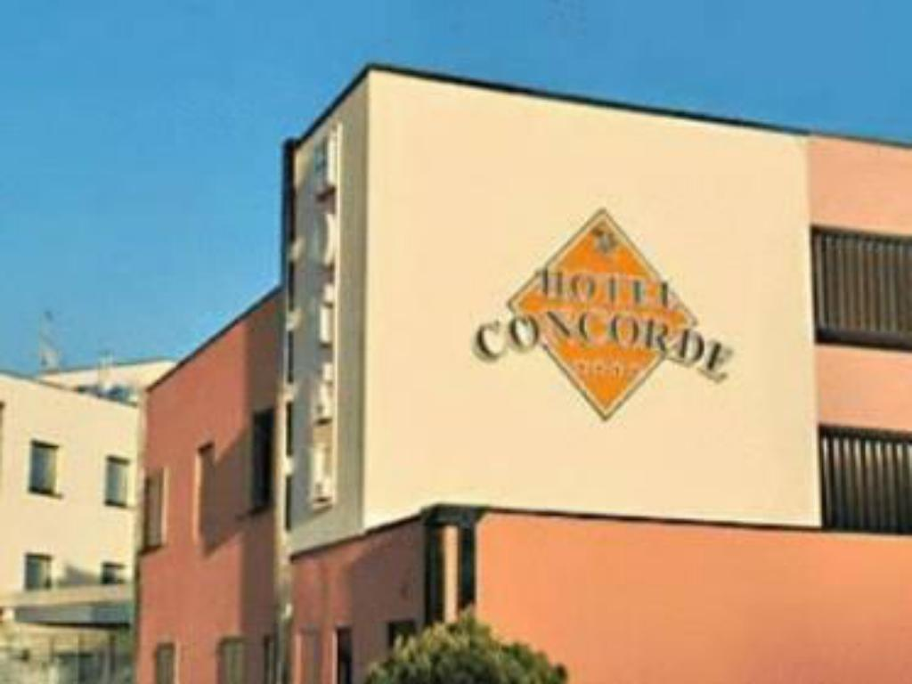 More about Hotel Concorde