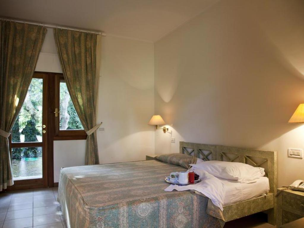 More about Hotel La Conchiglia