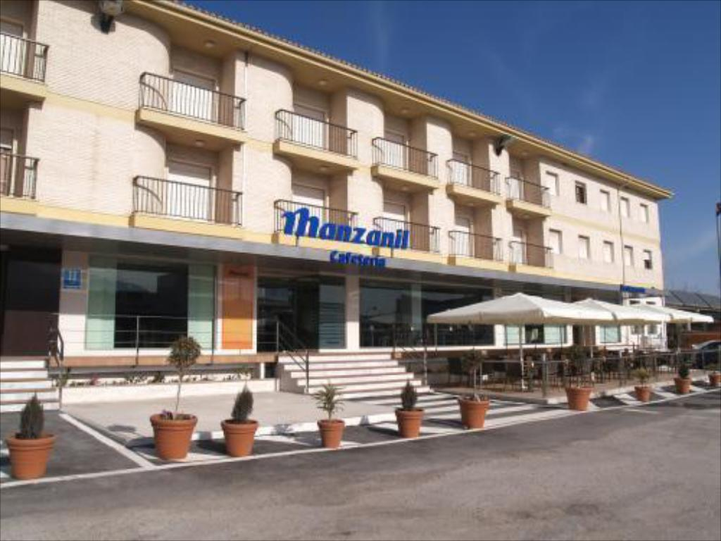 More about Hotel Manzanil