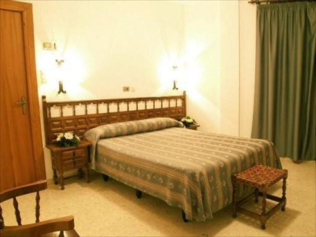 Double or Twin Room - Guestroom Hotel Manzanil