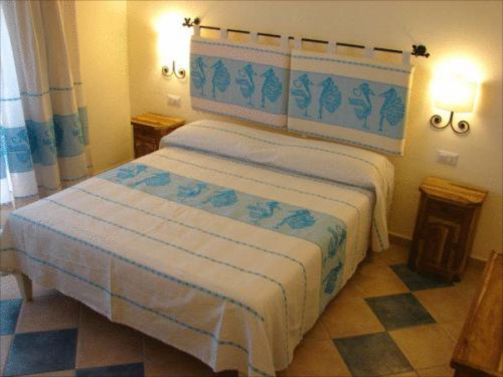 Double Room - Bed Hotel Maxim