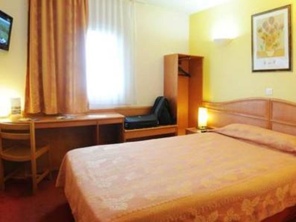 hotel roi soleil mulhouse kingersheim wittenheim france. Black Bedroom Furniture Sets. Home Design Ideas