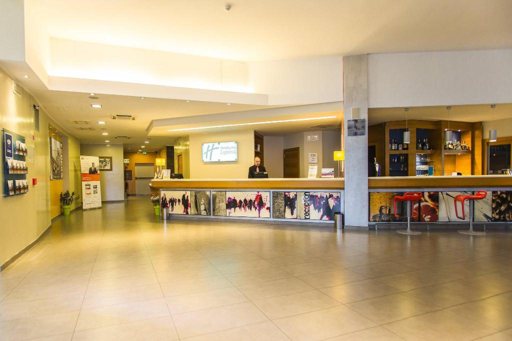 Hall Holiday Inn Express Milan-Malpensa Airport