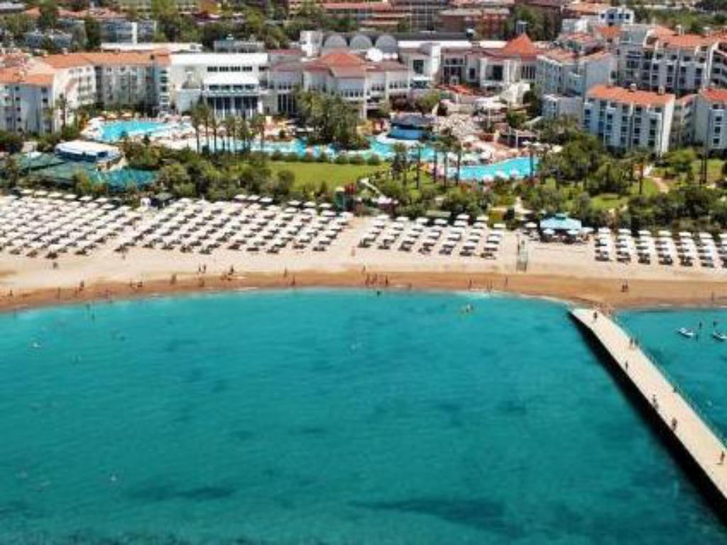More about Sentido Perissia