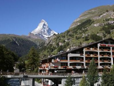 Superior Single Matterhorn View