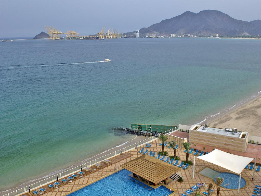 plage Oceanic Khorfakkan Resort & Spa