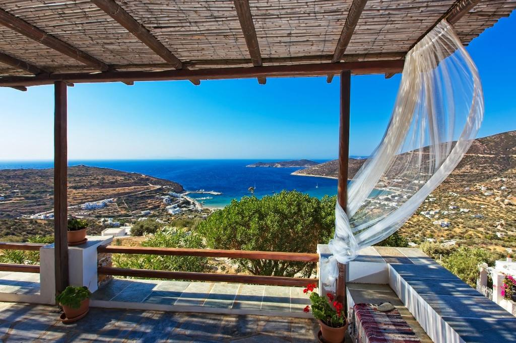 More about Sifnos Residence