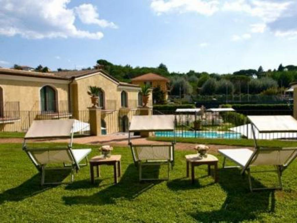 More about Villa Agnese