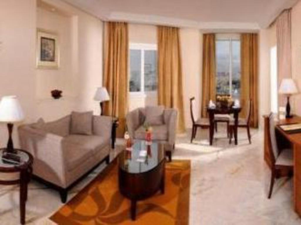 Junior Suite - Guestroom Tunis Grand Hotel