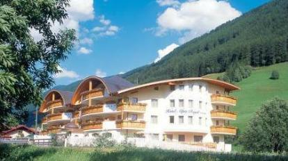 Wellness Refugium Resort Hotel Alpin Royal In Valle Aurina Room Deals Photos Reviews