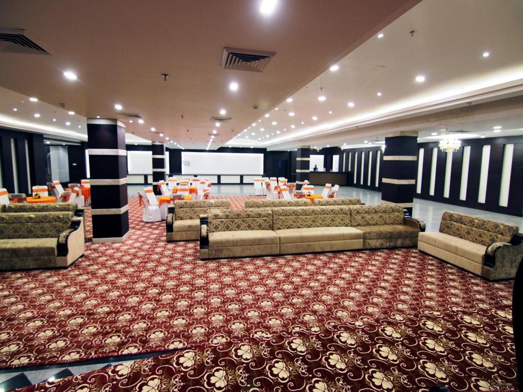 hotel corporate bari brahmana jammu india - photo#2