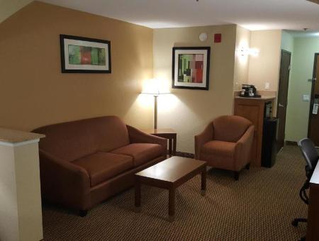 Interior view Best Western Plus Airport Inn and Suites