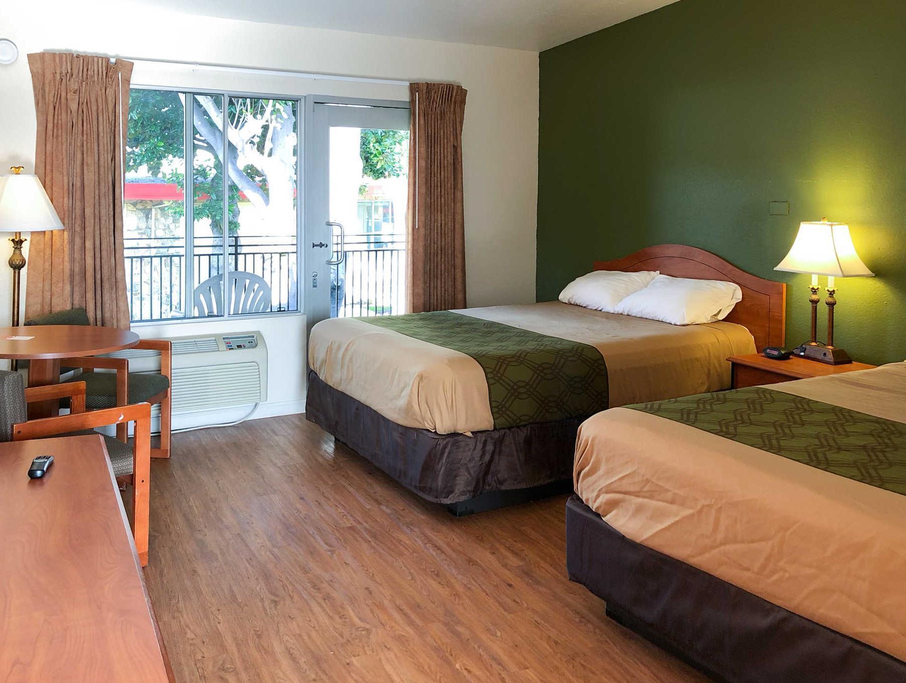 Econo Lodge Inn Suites Oakland Airport San Francisco Ca  # Muebles Ekono Cali