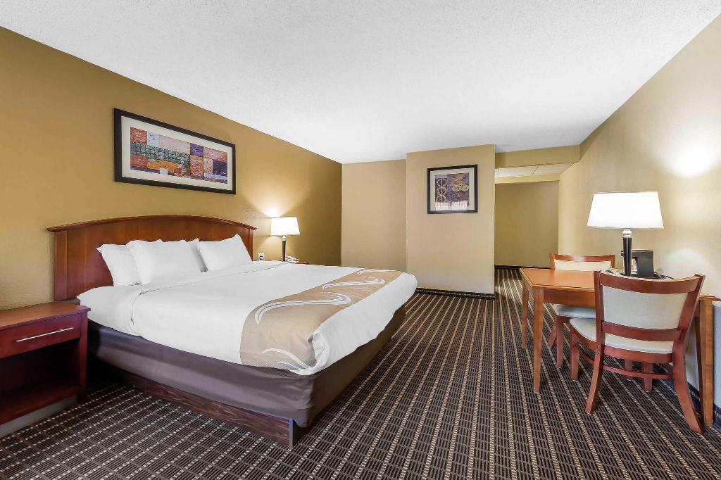 Alle 28 ansehen Quality Inn and Suites River Suites Sevierville